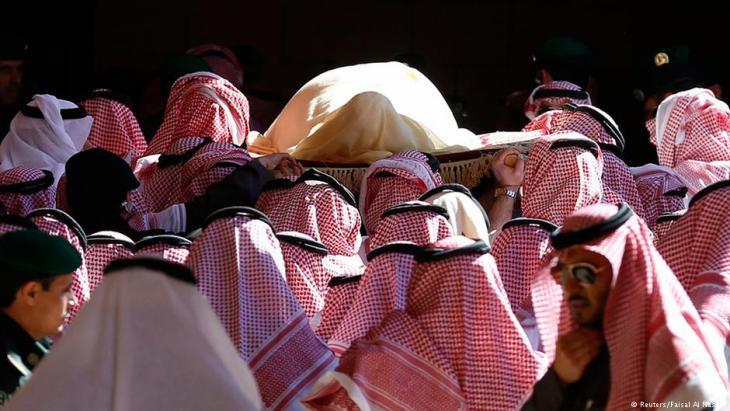جنازة الملك عبد الله بن عبد العزيز في الرياض في يناير/ كانون الثاني 2015. Foto: Reuters