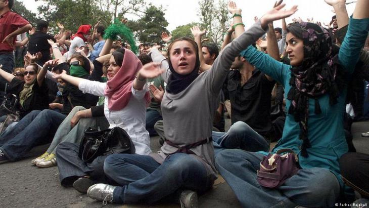 الإسلام انتشر بين الشعوب لكن تعدد الزوجات بقي حكرا على العرب تقريبا، أما باقي المسلمين فينأون بأنفسهم عن هذا الحلال