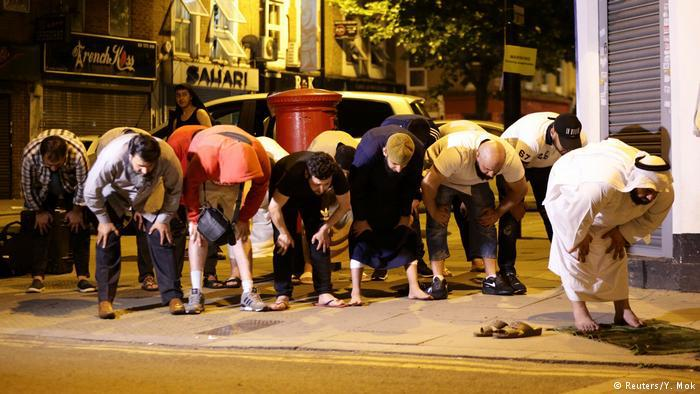 """قرب مسجد """"فينسبيري بارك"""" في لندن"""