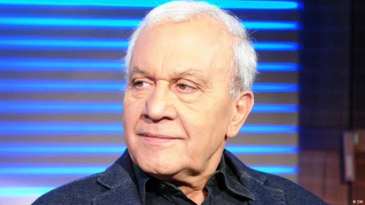 عارف حجاج كاتب وباحث ألماني فلسطيني معروف، حصل على الدكتوراه في العلوم السياسية وعمل لعقود طويلة في الخارجية الألمانية. وهو مؤسس منتدى فلسطين في بون.