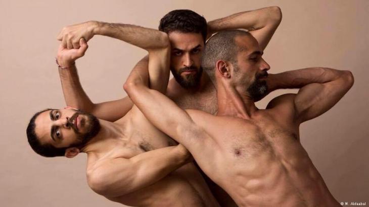 """بين سوريا وألمانيا...""""هنا بإمكان المرء الاحتكاك بكبار الفنانين والغوص قي عالم الرقص والإبداع وتعلم التقنيات الحديثة""""."""