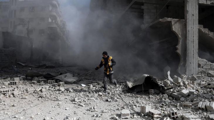 دمار الغوطة الشرقية بالقرب من دمشق في 23 فبراير  / شباط 2018.  Foto: Getty Images/AFP