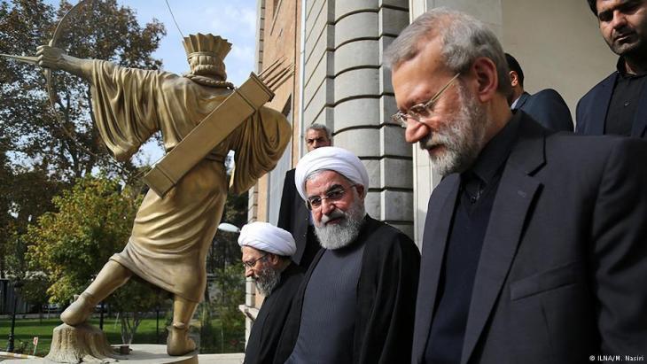 مفوض حقوق الإنسان لدى جمهورية إيران الإسلامية، محمد جواد لاريجاني - والرئيس الإيراني روحاني.