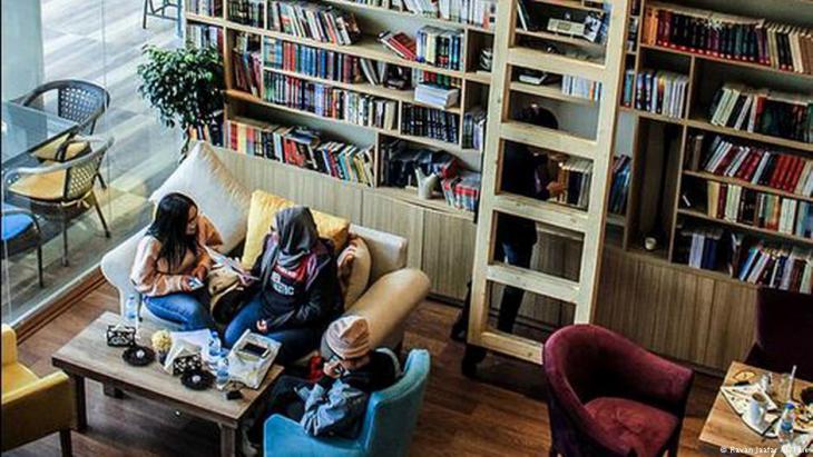 في أربيل...مرحبا بكم في أول مقهى للكتب في كردستان العراق
