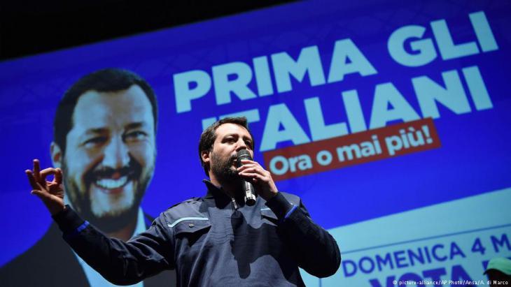 """ماتيو سالفيني رئيس حزب """"رابطة الشمال"""" الإيطالي اليميني المتطرف. (photo: AP/picture-alliance)"""