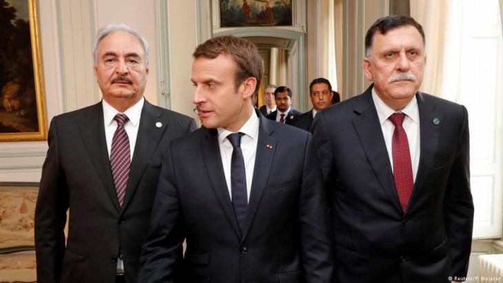 لقاء جمع الرئيس ماكرون برئيس الوزراء حكومة الوفاق الليبية فائز السراج والجنرال الليبي المتقاعد المشير خليفة حفتر.
