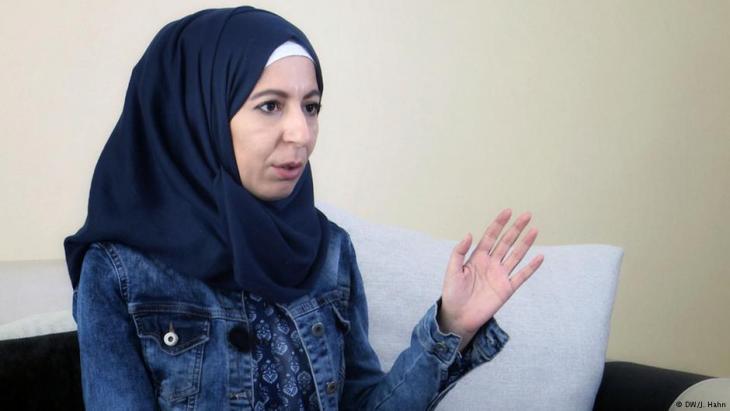 منى محمد - من ضحايا تعذيب سجينات سوريات في سجون نظام الأسد في سوريا.  Foto: DW