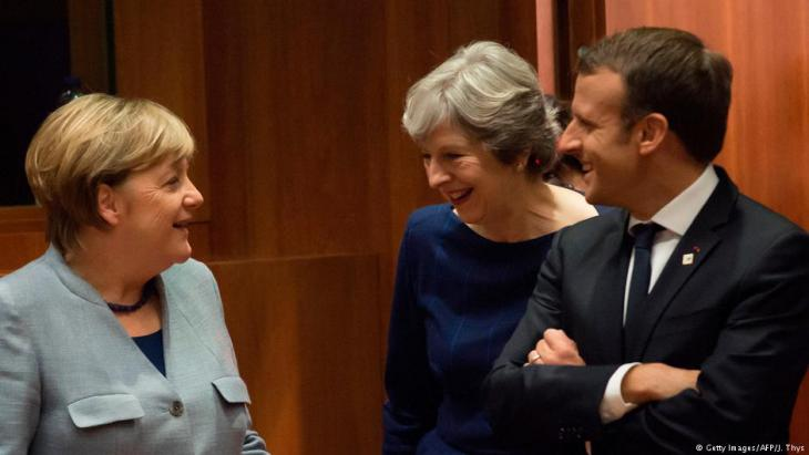 زعماء الثلاثي الأوروبي ميركل ألمانيا وماي بريطانيا وماكرون فرنسا.