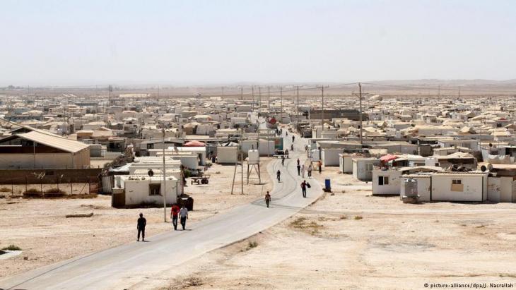 مخيم الزعتري - أكبر مخيم للاجئين في الأردن.