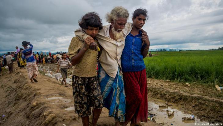 """مجلس نواب كندا يصنف بالإجماع الجرائم ضد الروهينغا المسلمين في ميانمار (بورما) بـ """"الإبادة"""" ويدعو مجلس الأمن لإحالتها إلى محكمة الجنايات الدولية وملاحقة قيادة ميانمار العسكرية بتهمة ارتكاب """"جريمة إبادة""""."""