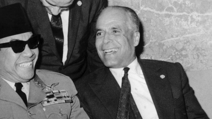 الرئيس التونسي المؤسس الحبيب بورقيبة.  Foto: dpa