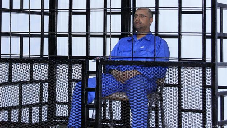 بات نجل الزعيم الليبي معمر القذافي، سيف الإسلام، حرا طليقا بعد أن أفرجت عنه كتيبة مسلحة كانت تحتجزه. إطلاق سراح القذافي يأتي بعد قرار وزارة العدل الليبية الإفراج عن سيف الإسلام.