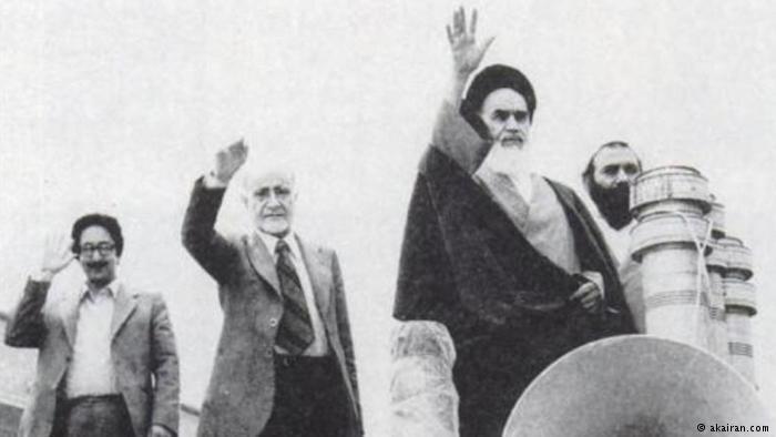 عودة آية الله الخميني وقيام الجمهورية الإسلامية في إيران.