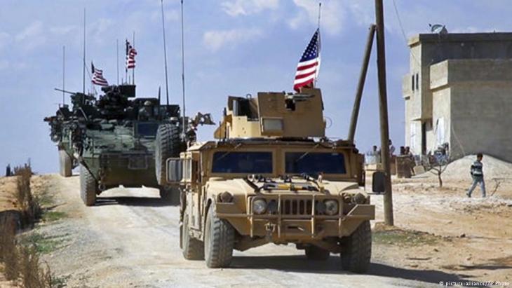 قوات أمريكية في مدينة منبج السورية (في الشمال السوري). Foto: picture-alliance/AP