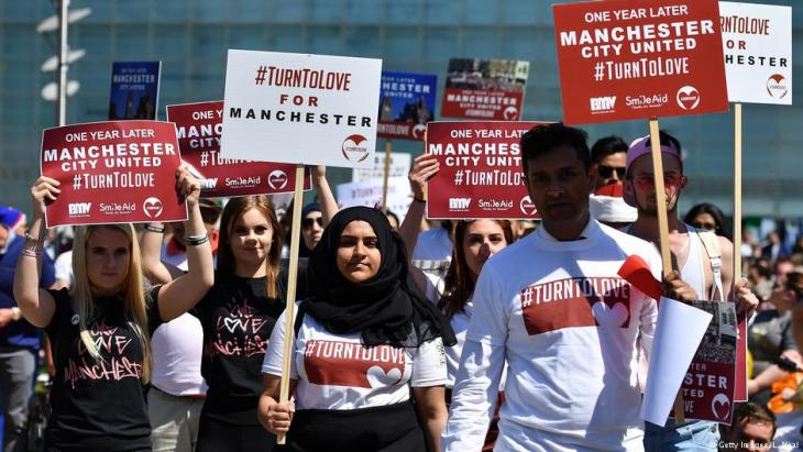 في ذكرى الاعتداء الإرهابي على حفل موسيقي في مانشستر