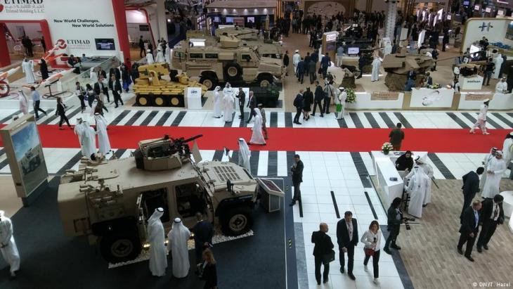 لقطة من معرض أبو ظبي الدولي للأسلحة 2019: معرض آيدكس الدفاعي.