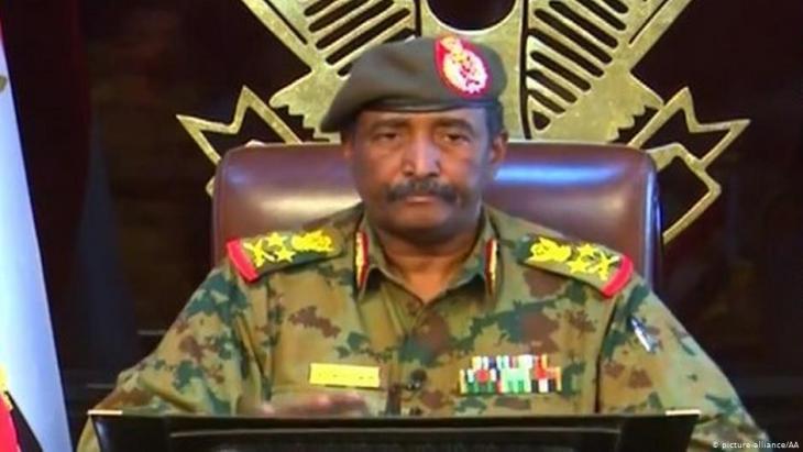 رئيس المجلس العسكري الجديد، الفريق عبد الفتاح البرهان.  Foto: picture-alliance/AA
