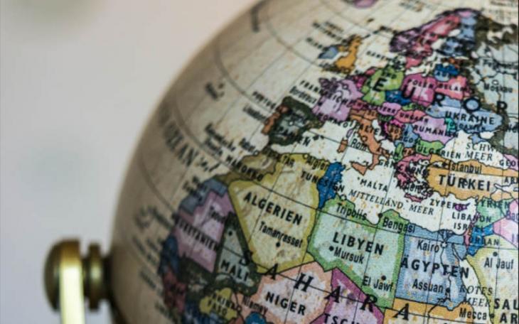 مجسم الكرة الأرضية - خريطة بلدان البحر الأبيض المتوسط. Quelle: Abrahamisches Forum