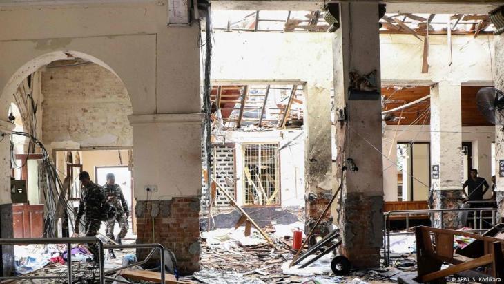 جانب من الهجمات الإرهابية في عيد الفصح المسيحي على كنائس وفنادق في سيريلانكا.