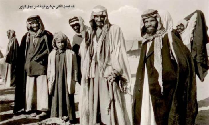 فيصل الثاني مع شيخ قبيلة شمر عجيل الياور