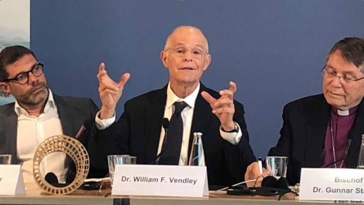 """وليام فراي فندلي - الأمين العام المنتهية ولايته لمنظمة """"أديان من أجل السلام"""". Foto: DW/C.Strack"""