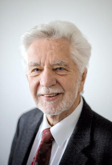 عالم اللاهوت البروتستانتي، يورغن ميكتش، عمل  كرئيس للمجلس البين ثقافي في ألمانيا في الفترة من عام 1994 وحتى عام 2017. Quelle: Abrahamisches Forum e.V.