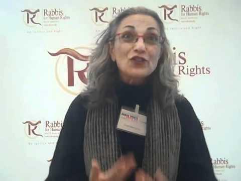 الحاخامة نافا هيفيتس من مبادرة حاخامات من أجل حقوق الإنسان. Quelle: YouTube
