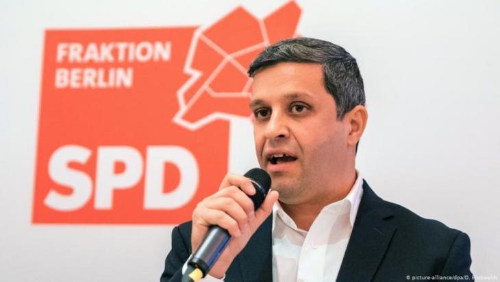 رائد صالح، ألماني من أصول فلسطينية، هو رئيس الكتلة البرلمانية للحزب الاشتراكي الديمقراطي في مجلس نوَّاب ولاية برلين. Foto: dpa-Bildfunk/Daniel Bockwoldt