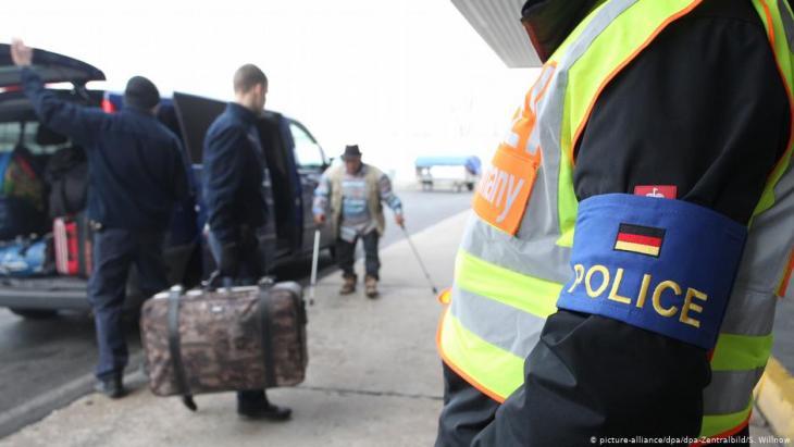 هل يجوز للاجئين في ألمانيا زيارة بلدانهم الأصلية؟ سوريا مثلاً؟