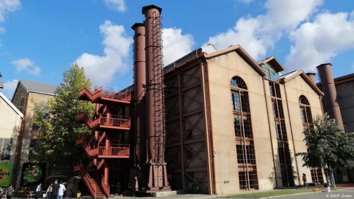 مصنع بومونتي التاريخي للبيرة المهدد بالهدم في إسطنبول - تركيا. Foto: DW