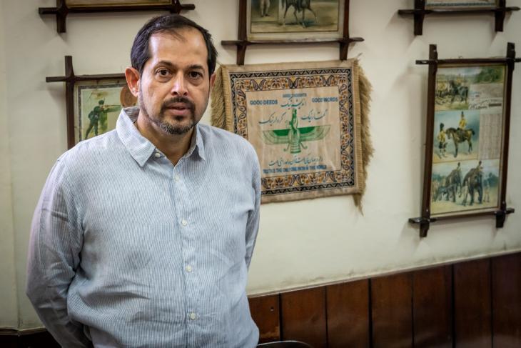 مدير مصنع بيرة مري، إسفنيار م. بهاندارا، ينتمي إلى أقلية البارسيين غير المسلمة في باكستان.  Foto: Philipp Breu