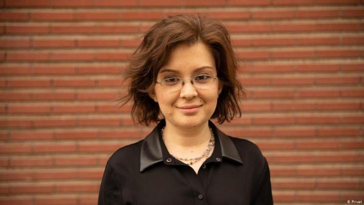 من وزارة التعليم التركية - أوزغونور كورلو صاحبة مبادرة تدريس العلوم الطبيعية والاجتماعية في المدارس الدينية.  Foto: privat