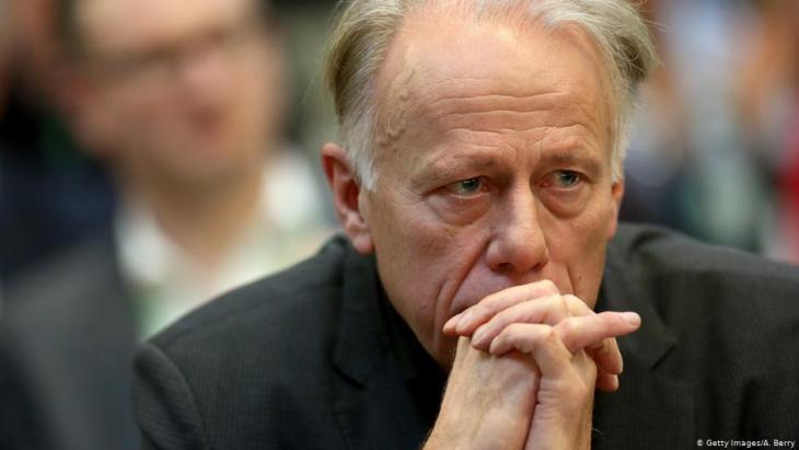 يورغن تريتن من حزب الخضر الألماني المعارض يرفض القيام بنشاط عسكري أجنبي في دولة ذات سيادة دون تفويض أممي