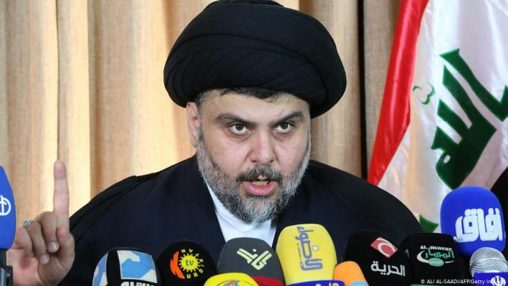 رجل الدين والزعيم الشيعي العراقي مقتدى الصدر .  AFP/Getty Images