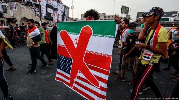 مظاهرة شعبية في العراق في ساحة التحرير في بغداد ضد الحكومة العراقية في تاريخ 03 / 11 / 2019. Foto: picture-alliance/dpa Foto: picture-alliance/dpa