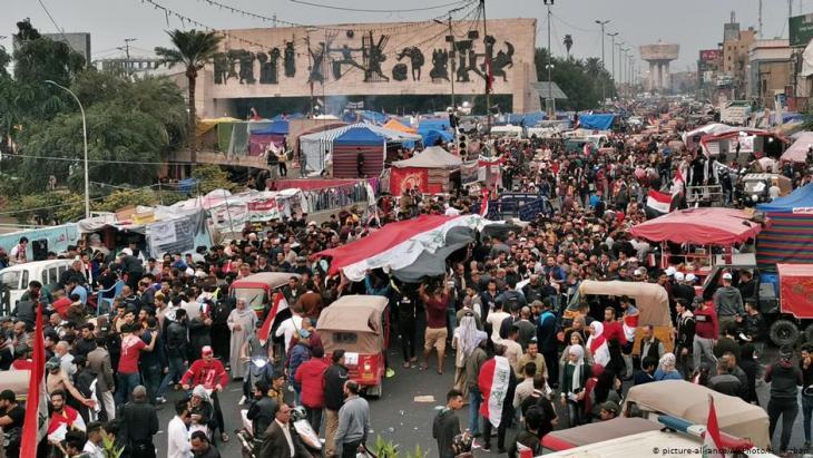 احتجاجات في ساحة التحرير - بغداد - العراق 29 / 11 / 2019. Foto: picture-alliance/AP