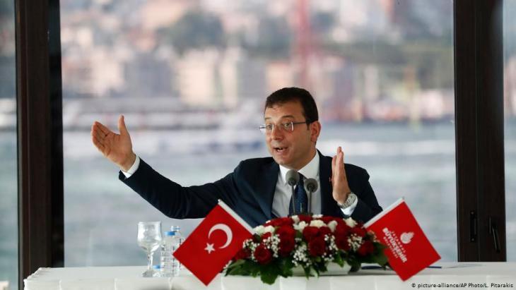 أكرم إمام أوغلو رئيس بلدية إسطنبول من حزب الشعب الجمهوري - تركيا. Foto: picture-alliance/AP