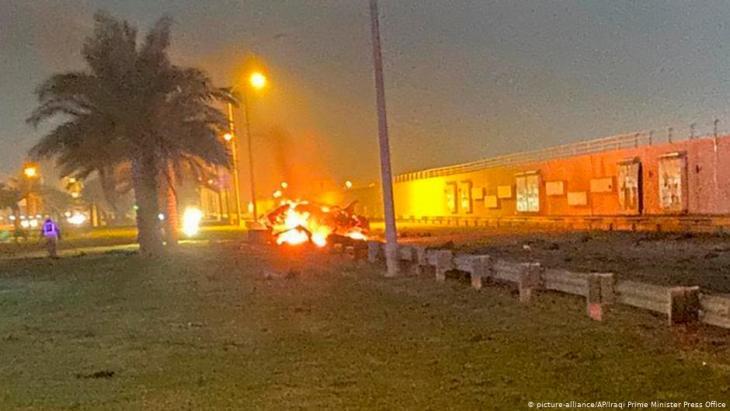 مقتل قاسم سليماني، قائد فيلق القدس بالحرس الثوري الإيراني ومهندس بسط النفوذ العسكري الإيراني في الشرق الأوسط، في ضربة جوية يوم الجمعة 03 / 01 / 2020 على مطار بغداد.