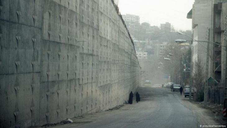 معتقل ايفين في طهران