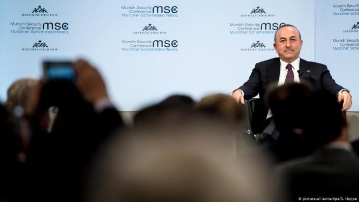 سيطر الملف الليبي على نشاطات وزير الخارجية التركي مولود جاويش أوغلو في مؤتمر ميونيخ.