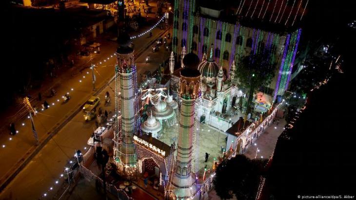 مسجد في كراتشي - باكستان. Foto: dpa/picture-alliance/S.Akber