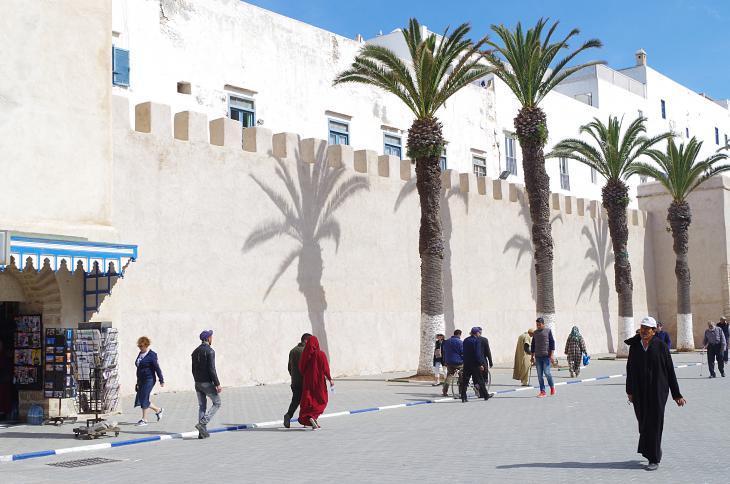 """جوار بوابة """"باب السباع"""" بمدينة الصويرة المغربية. Foto: Claudia Mende"""