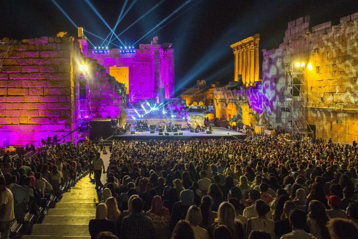 المطربة المصرية شيرين عبد الوهاب وهي تغني على مسرح مهرجان بعلبك الدولي في لبنان في تاريخ 26 / 08 / 2016. Foto:  DPA