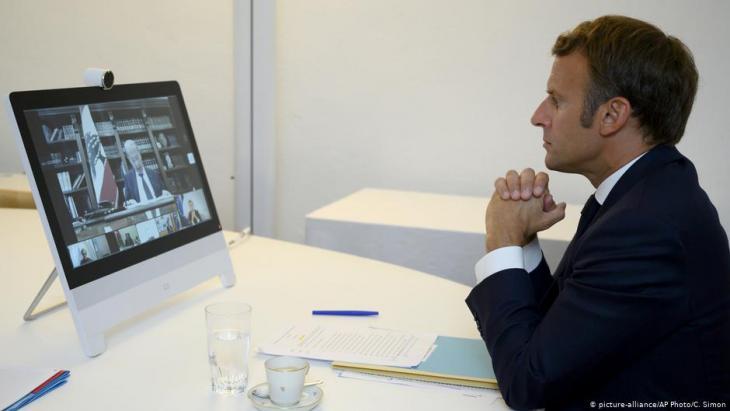 الرئيس ماكرون خلال المؤتمر الدولي حول لبمان، والذي عقد عبر الفيديو