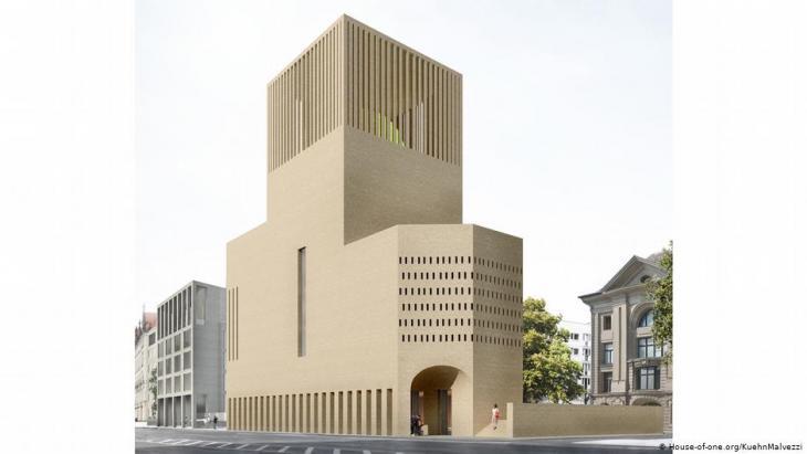 """في برلين في ألمانيا يتحول مشروع """"البيت الواحد"""" -الذي يضم معابد لليهود والمسيحيين والمسلمين تحت سقف واحد- شيئا فشيئا إلى واقع ملموس. Foto: House-of-one.org/KuehnMalvezzi"""