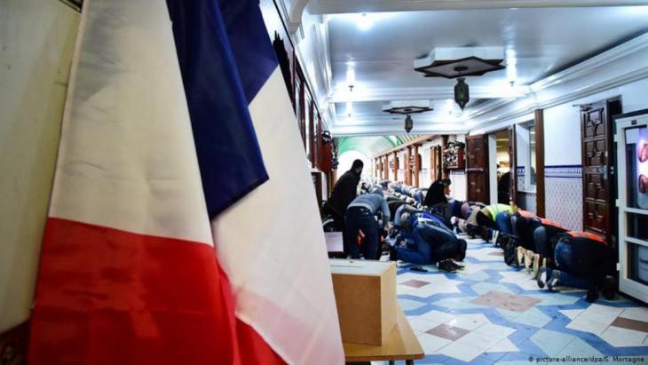 يوجد أكثر من 2600 مسجد ودار عبادة للمسلمين في فرنسا