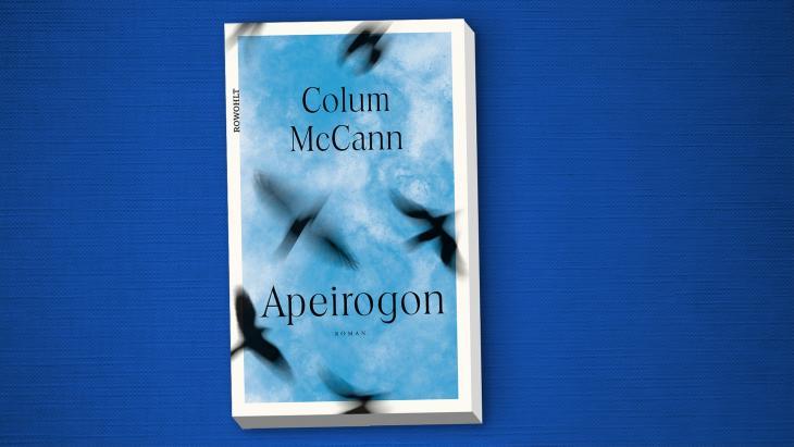 """الغلاف الإنكليزي  لرواية """"أبيروجون"""" [""""مُضَلَّع لا نهائي الأضلاع""""] للكاتب الإيرلندي كولوم ماكان."""