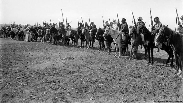 -من قوات تأسيس الأردن عام 1921.  (Foto: picture-alliance/CPA Media)