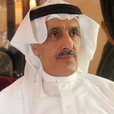الكاتب خالد الدخيل ناشط في مجال الإصلاح السياسي في السعودية، وله مشاركات واسعة في الكتابة السياسية والثقافيةة إلى جانب عمله الأكاديمي في جامعة الملك سعود في الرياض.