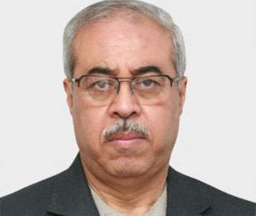 ماجد كيالي كاتب وباحث سوري معروف يكتب لعدد من الصحف العربية وله دراسات متنوعة حول الفكر السياسي المعاصر في العالم العربي.